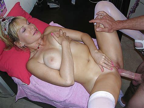 Amateur Frau In Wei En Str Mpfen Gefickt Porno Bilder Sex Fotos Xxx Bilder Pictoa Com