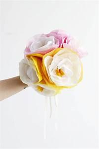 Blumen Aus Seidenpapier : diy gro e blumen aus seidenpapier we love handmade ~ Orissabook.com Haus und Dekorationen