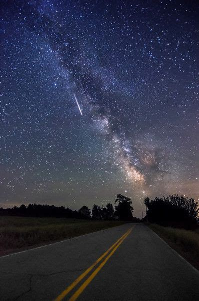Thk Road The Milky Way Meteor Shoots Through