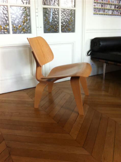 chaise lcw eames 233 dition vitra l atelier 50 boutique