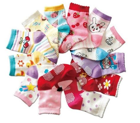 baby shower for large baby shower ideas for large groups match the baby socks