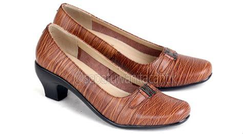 Sepatu Kerja Wanita Merk Everbest jual model sepatu kerja wanita sepatu pantofel perempuan