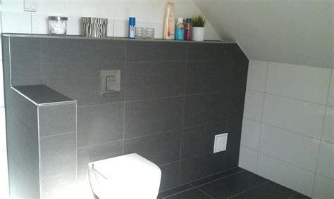 Fliesen Bad Weiß by Bad Fliesen Weia Und Grau Unvergleichlich Auf Badezimmer