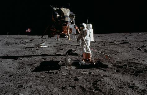 Eagle In Flight Wallpaper Apollo 11 Flight Log July 20 1969 The Moon Landing