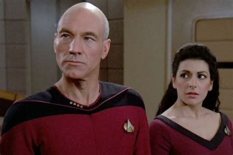 patrick stewart new series star trek patrick stewart to reprise captain picard role