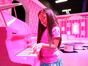 Barbie's Dreamhouse now life-size reality in Florida ...