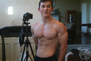17 Year Old Bodybuilder From Texas Started Lifting Weights At The Age Of 12  Started Following