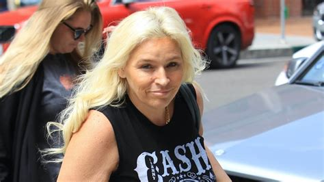 dog the bounty hunter and wife beth chapman getting a tan at sunset klinikobatindonesia com