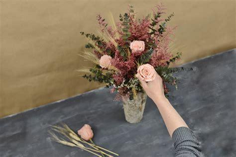 Dried Flower Arrangements In Vases by Diy Dried Flower Arrangement Save On Crafts