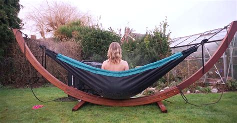 Hammock Tub by Tub Hammock Is The Most Relaxing Portable Bath