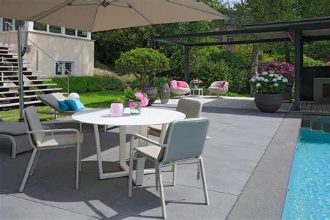 Metten Stein Design by Umbriano Sierbestrating Metten Stein Design