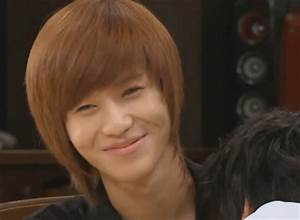Taemin smug smile by MidnightMadness11 on DeviantArt