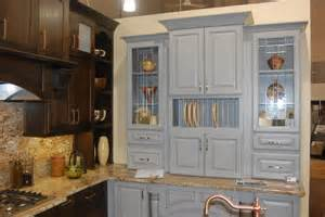 Full Overlay vs Inset Cabinet Doors