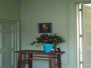 Couleur peinture entree couloir maison design bahbecom for Couleur de peinture pour couloir 15 des conseils deco pour redecorer son entree avec saint