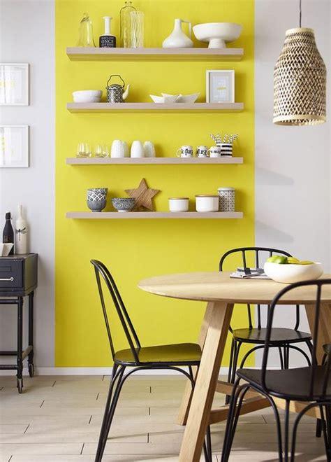 cuisine jaune et blanche cuisine blanche les couleurs qui savent la mettre en valeur