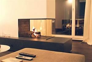 Offener Kamin Modern : offener kamin mit schieferbank fireplace kaminoffen ~ A.2002-acura-tl-radio.info Haus und Dekorationen