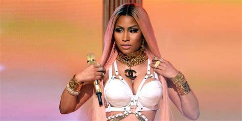 nicki minaj pushes  queen release date  august