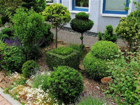 Gehölze Für Kleine Gärten by Garten Anders Juni 2012