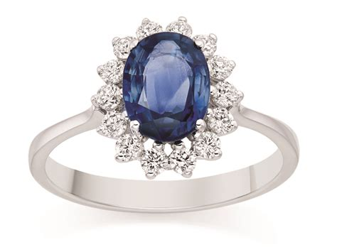 kate middleton engagement ring replica  cost photo