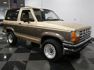 1990 Ford Bronco   Streetside Classics - The Nation's Trusted Classic Car Consignment Dealer