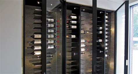 armoire à vin métallique gravity waasmunster 2013