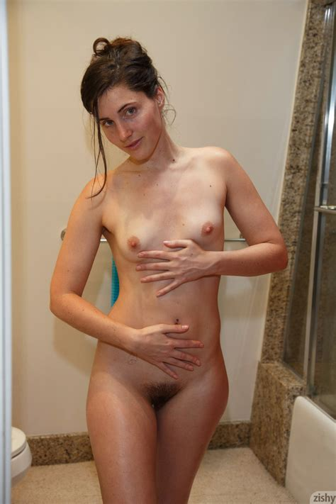 Sporty Brunette Does Headstands Half Naked XXX Dessert