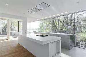 Tisch aus arbeitsplatte mobel ideen und home design for Arbeitsplatte corian