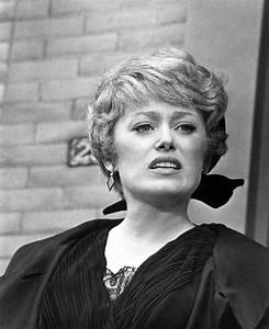 Rue McClanahan Style Evolution: The Golden Girl Of Fashion ...