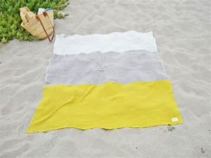 Grande Serviette De Plage : la serviette de plage 80 variants chic et originales ~ Teatrodelosmanantiales.com Idées de Décoration