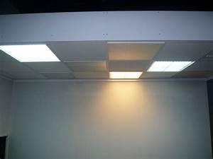 Dalle Pour Plafond : dalles d 39 clairage leds pour faux plafonds enseignes ~ Edinachiropracticcenter.com Idées de Décoration