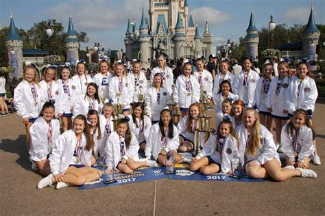 eastside middle school cheerleaders earn world honor eastside middle