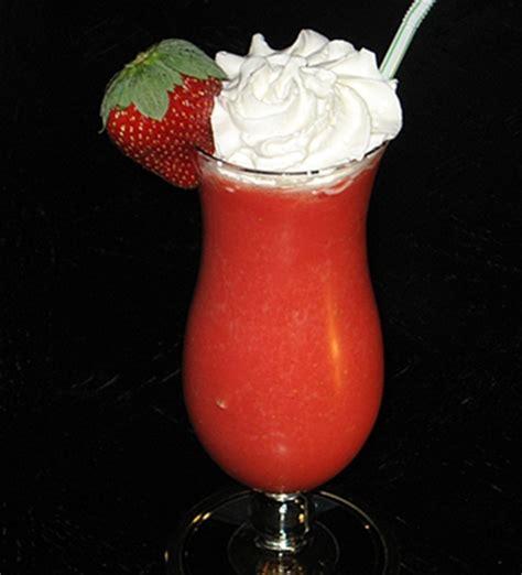 how to make a daiquiri the classic frozen strawberry daiquiri recipe dishmaps