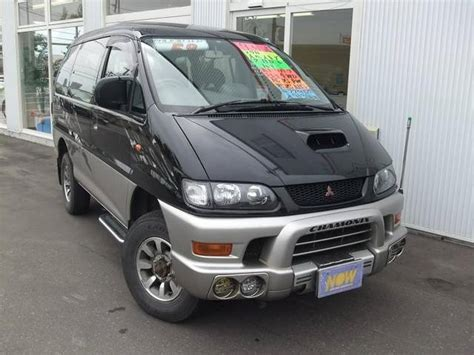 featured  mitsubishi delica space gear chamonix