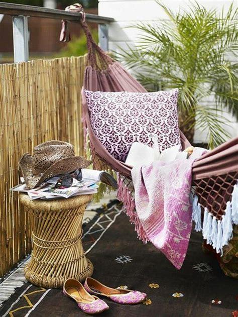 Hängematte Für Balkon by H 228 Ngematte Auf Dem Balkon Urlaub Zu Hause