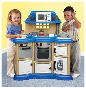 fisher price country kitchen american plastics homestyle kitchen play set only 34 7210