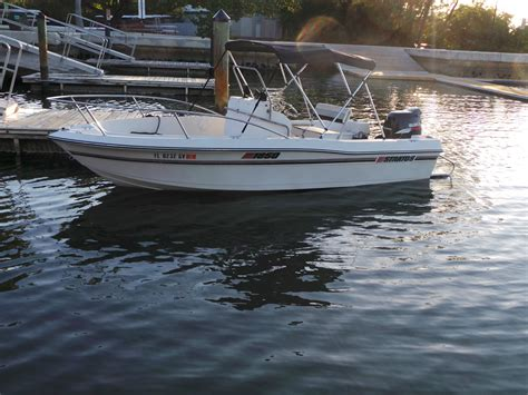 stratos  center console fishing boat  sale