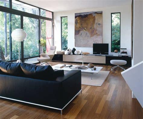 deco canape noir déco salon blanc pour un intérieur lumineux et moderne
