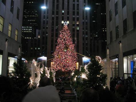 new york habitat und der gro 223 e helle weihnachtsbaum