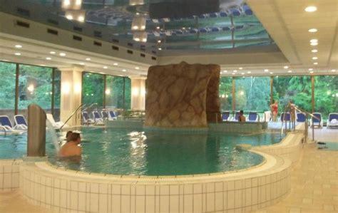Danubius Health Spa Resort Budapest. Gloria House 1. Crowne Plaza Shanghai Hotel. Petro Thai Binh Hotel. Homestead Villa Motel. Villa Cempaka Canggu. Rachev Hotel Residence. Mayfair Spa Resort. Nevada Hotel