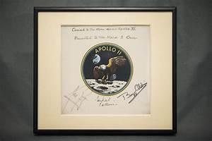 Apollo 11 Patch Presented to Mars I Crew | NASA