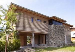 Haus Mit Holz : tirolia blockhaus holzhaus design mit stein holzhaus pinterest architecture house and haus ~ Frokenaadalensverden.com Haus und Dekorationen