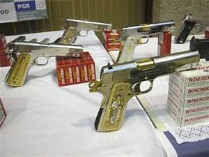 Mexican Drug Gang Guns