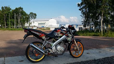 Vixion Thailook Style by 30 Gambar Modifikasi Yamaha R15 Gaya Thailook Style
