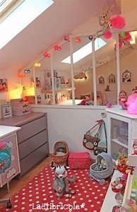 best deco chambre bebe mansardee 2 contemporary design With jeux de decoration de chambre de bebe