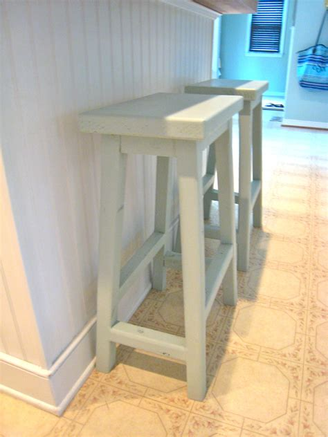 ana white simplest stool saddle  style diy projects