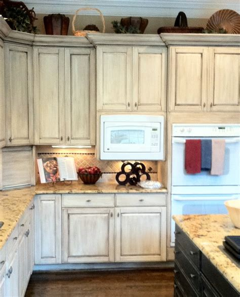 White Wash Cupboards by Chalk Paint Furniture Ideas For The House Chalk Paint