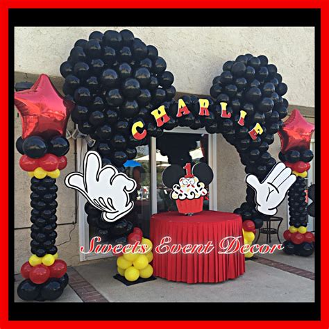 Mickey Mouse Decorations by Mickey Mouse Minnie Mouse Theme Balloon Decoration