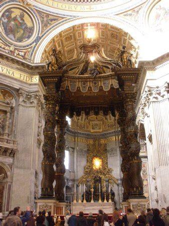 cupola bernini baldacchino di san pietro di bernini vatican city