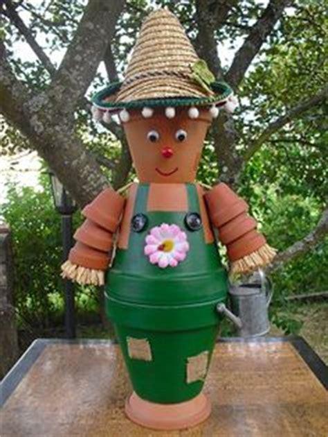 cuisinier customis 233 mini pots de fleurs terre cuite h 30cm boules bois boutons et