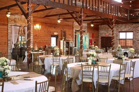 winter rustic barn wedding  berry barn amite la